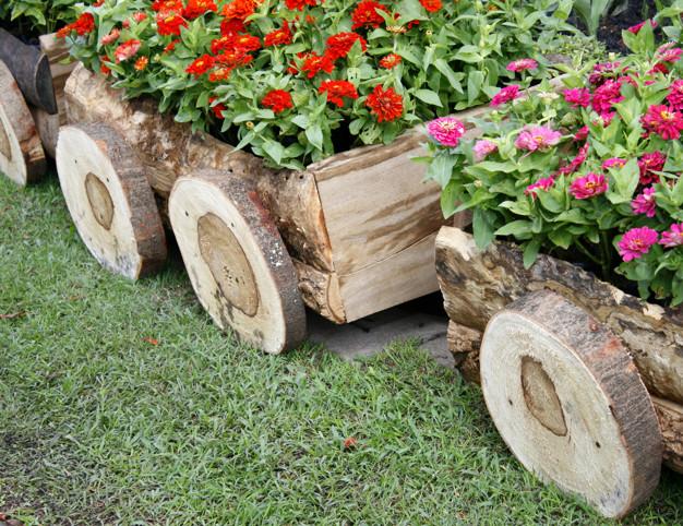 dreveny-truhlik-zahrada